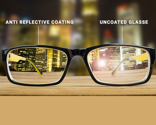 Image of coated and uncoated spectacle lenses